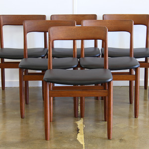 Moller dining chairs_front triangle_crop