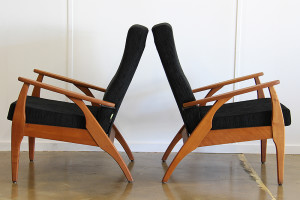 TH Brown Black Armchair_pair_side
