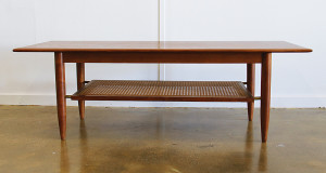 coffee table_rattan shelf_front