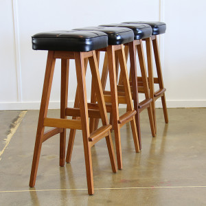 macrob bar stools x 4_angle row